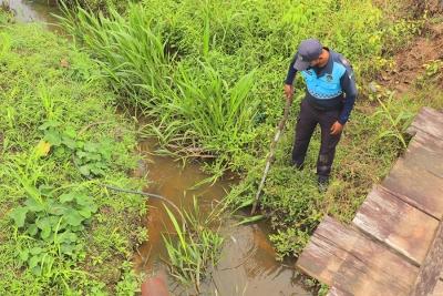 Agentes de control inspeccionan posible contaminación