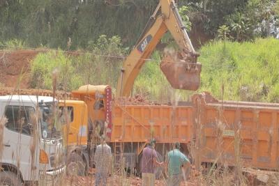 Trabajos viales en barrio Unión Imbabureña